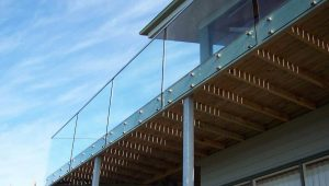 Clearly Frameless Balustrade